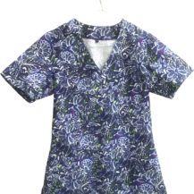 bluza-medyczna-damska-niebieska-kwiaty-02